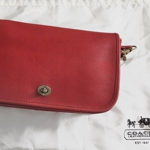 Vintage Coach Red Dinky bag